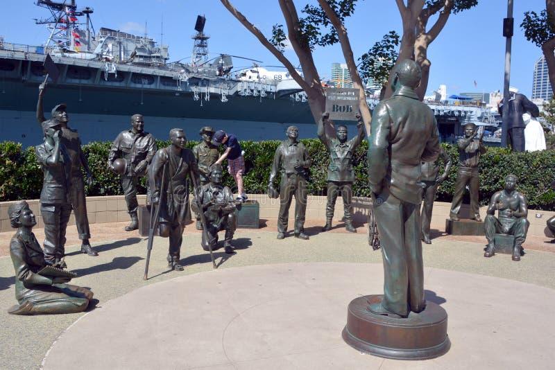 : Estátuas de bronze de uma saudação nacional a Bob Hope e às forças armadas imagem de stock royalty free