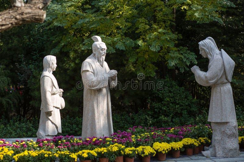 Estátuas de pedra fotos de stock