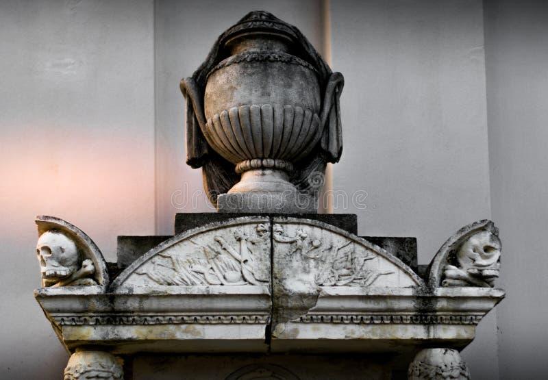 Estátuas do crânio foto de stock