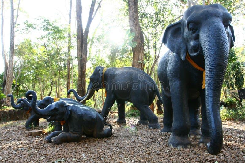 Estátuas do elefante fotografia de stock royalty free