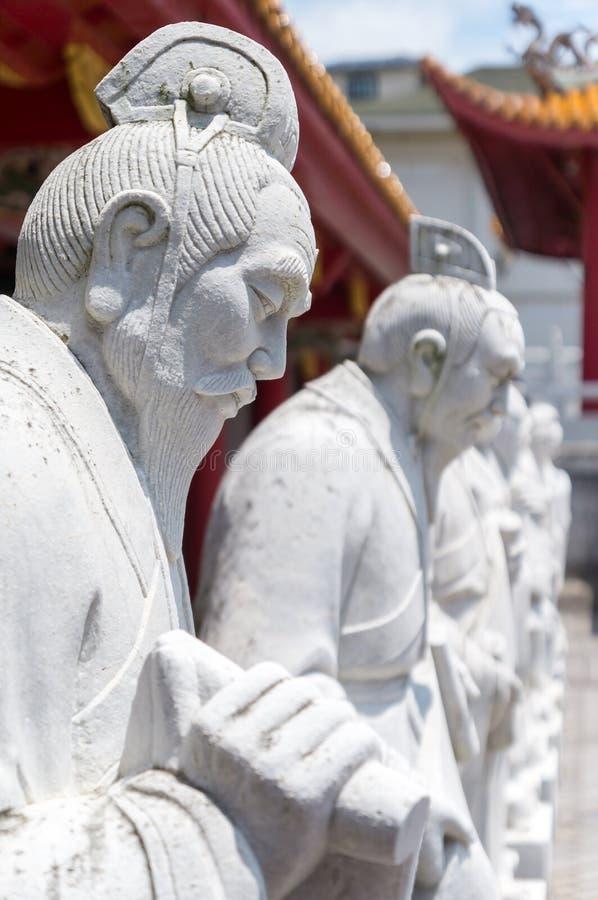 72 estátuas dos seguidores do templo confucionista fotos de stock