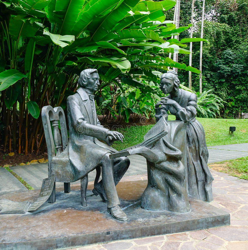 Estátuas no jardim em Singapura imagem de stock royalty free