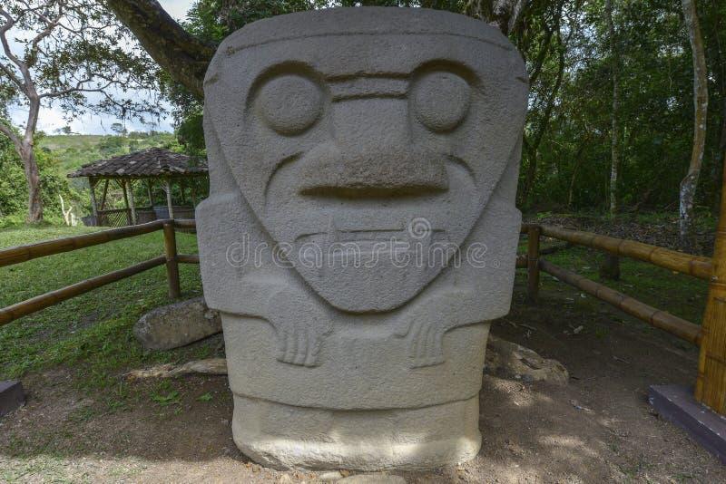 Estátuas pre-columbian antigas em San Agustin, Colômbia imagens de stock royalty free