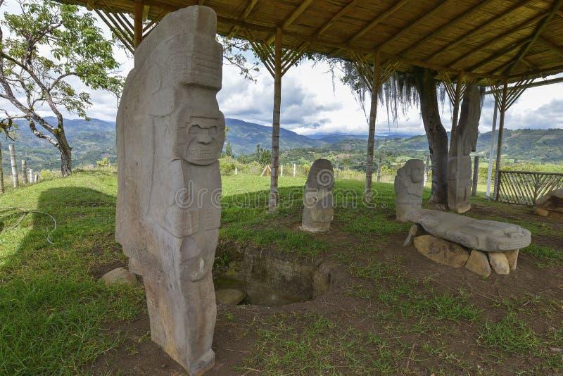 Estátuas pre-columbian antigas em San Agustin, Colômbia fotografia de stock royalty free