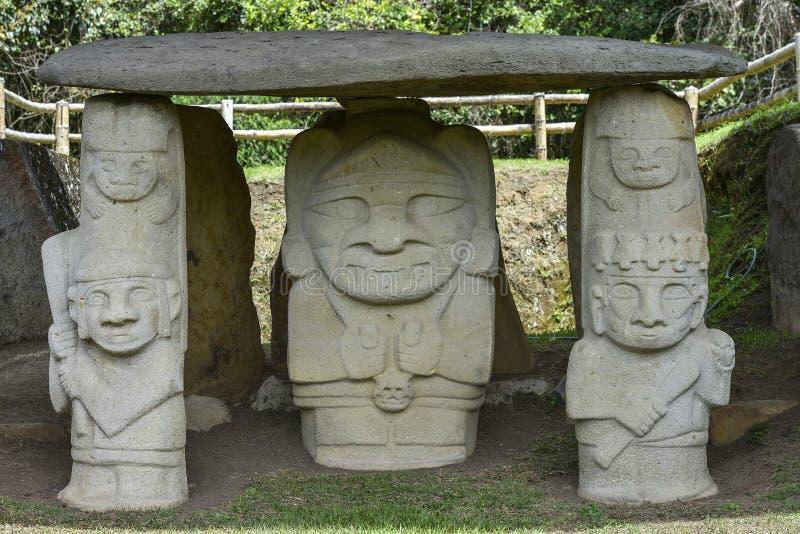 Estátuas pre-columbian antigas em San Agustin, Colômbia fotos de stock royalty free