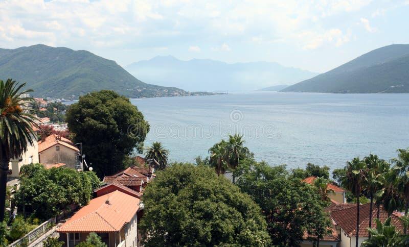 Estância turística mediterrânea. Herceg Novi, Montenegro fotos de stock