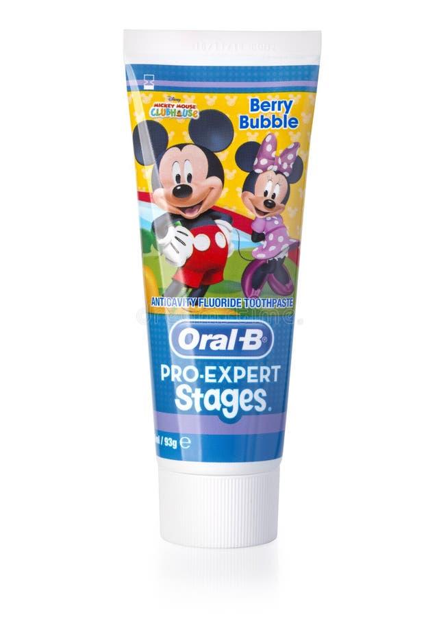 Estúdio disparado do dentífrico oral de B fotos de stock royalty free