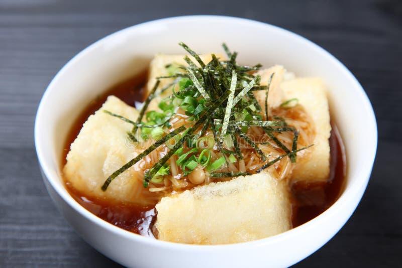 Estúdio disparado do dofu do agedashi foto de stock royalty free