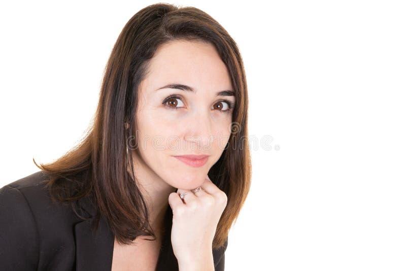 Estúdio disparado do pensamento bonito novo da mulher de negócios fotos de stock