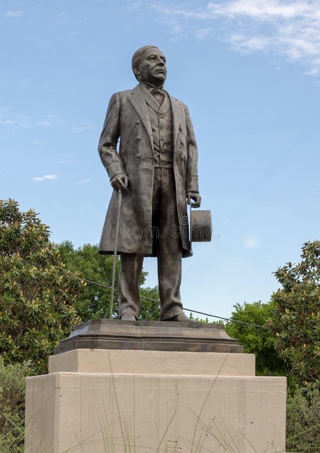 Est?tua de bronze de Benito Juarez em Benito Juarez Parque de Heroes, Dallas City Park em Dallas, Texas fotografia de stock