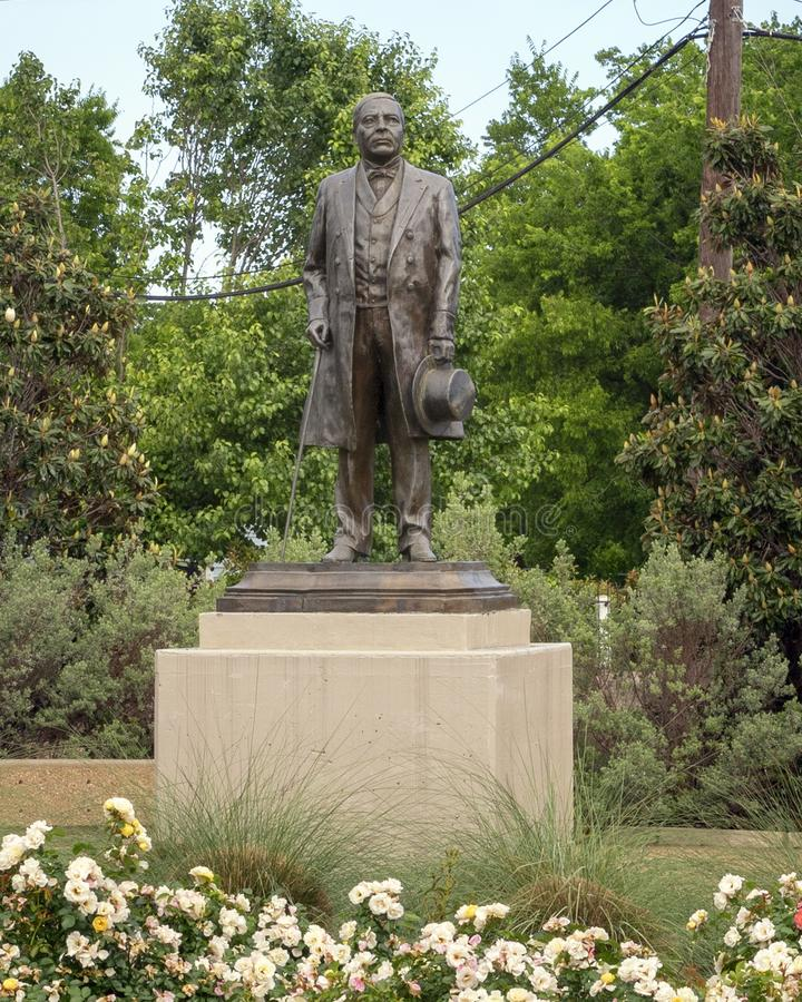 Est?tua de bronze de Benito Juarez em Benito Juarez Parque de Heroes, Dallas City Park em Dallas, Texas imagens de stock royalty free