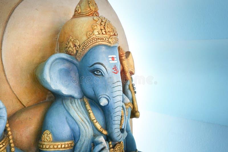 Est?tua de Ganesha no templo p?blico em Chachoengsao Tail?ndia fotos de stock