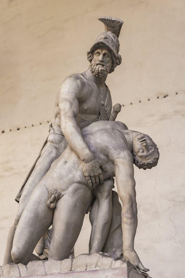 Est?tua Menelaus que apoia o corpo de Patroclus no dei L da loggia imagens de stock royalty free