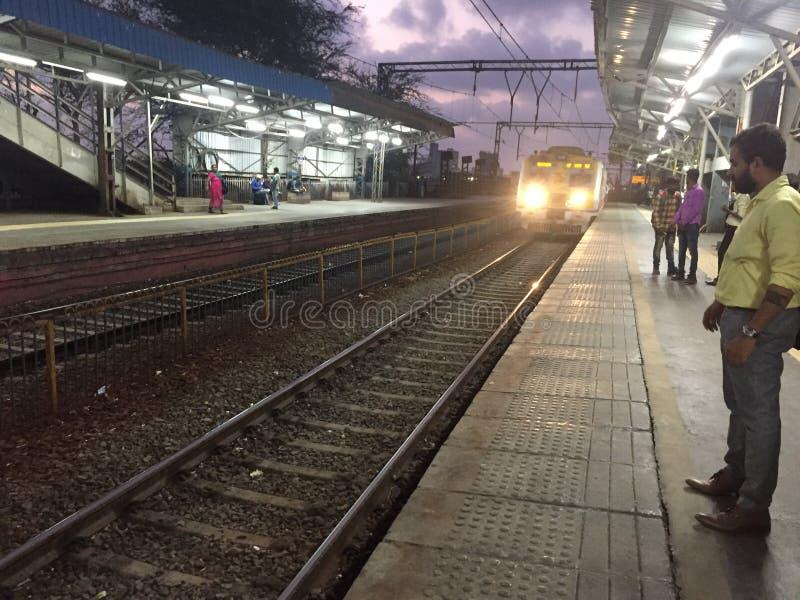 estação da estrada de mira, próximo por mumbai imagem de stock royalty free