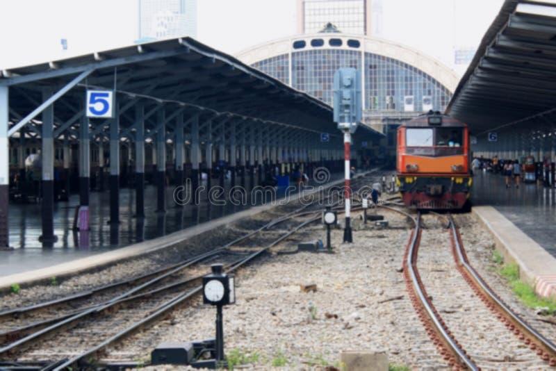 Estação de caminhos-de-ferro borrado obscuridade imagens de stock