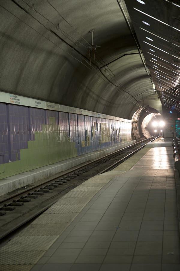 Estação de caminhos-de-ferro de chegada Dallas do trem leve do trilho imagens de stock royalty free