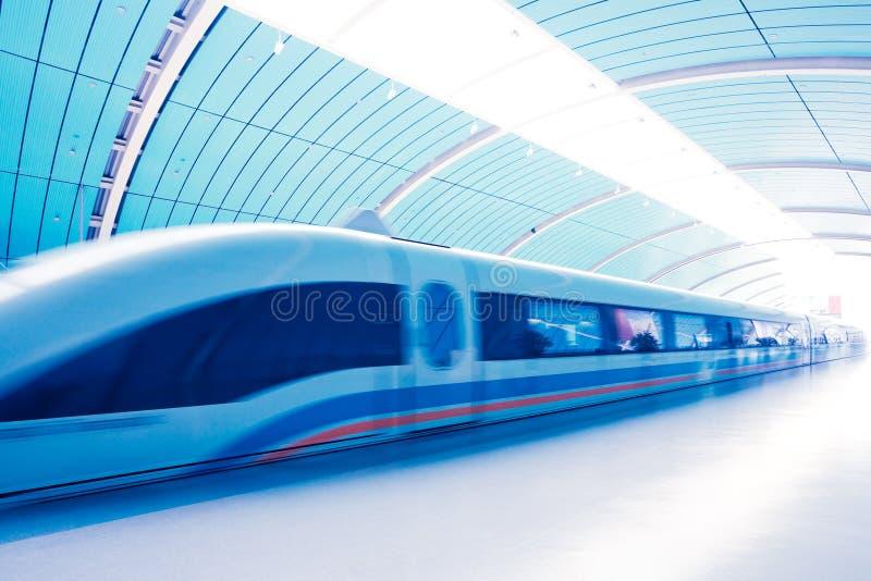 Estação de caminhos-de-ferro de Maglev foto de stock
