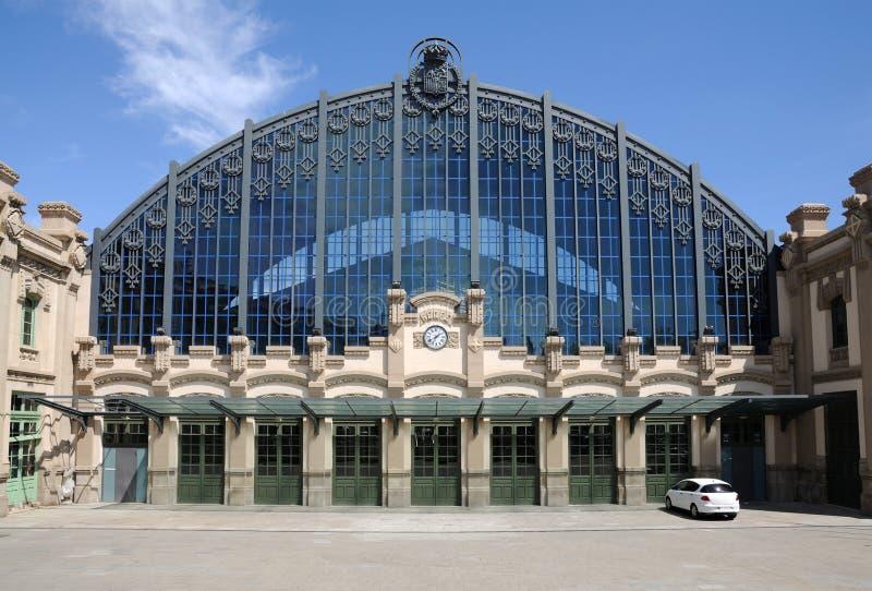 Estação de caminhos-de-ferro em Barcelona fotografia de stock
