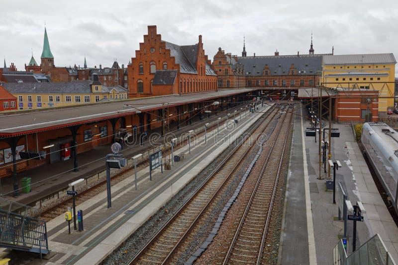 Estação de caminhos-de-ferro de Helsingor, Dinamarca imagens de stock