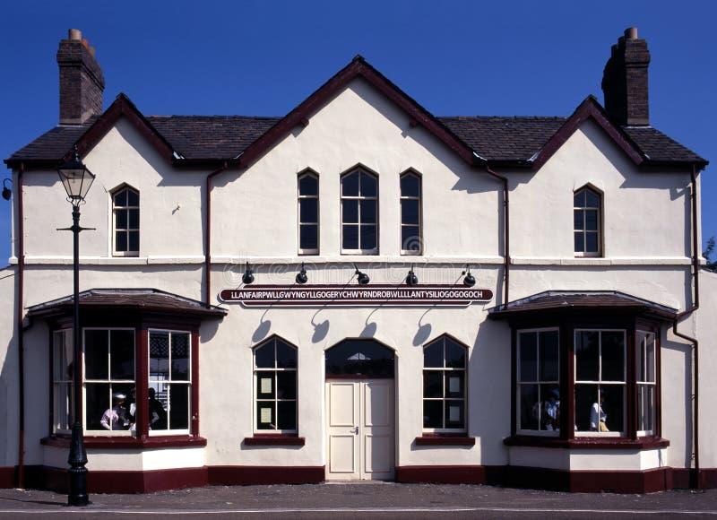 Estação de comboio, Llanfair, Anglesey, Wales. fotografia de stock royalty free