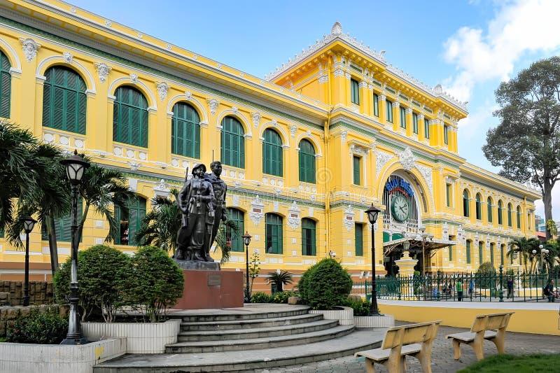 Estação de correios central em Ho Chi Minh City, Vietname fotos de stock royalty free