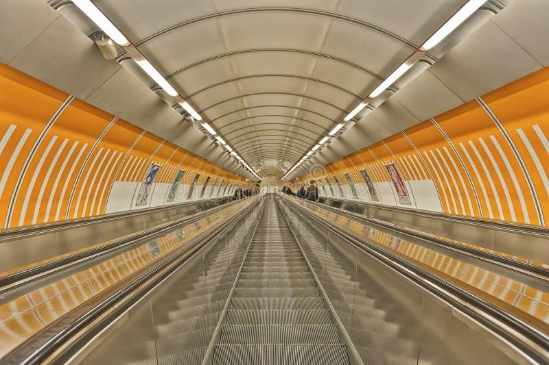 Estação de metro em Praga fotografia de stock