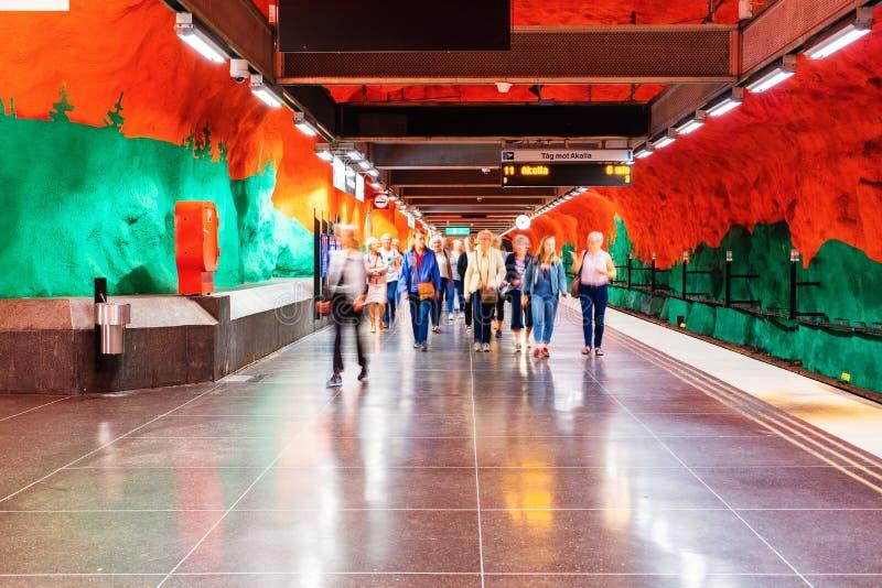 Estação de metro de Solna em Estocolmo, Suécia fotografia de stock