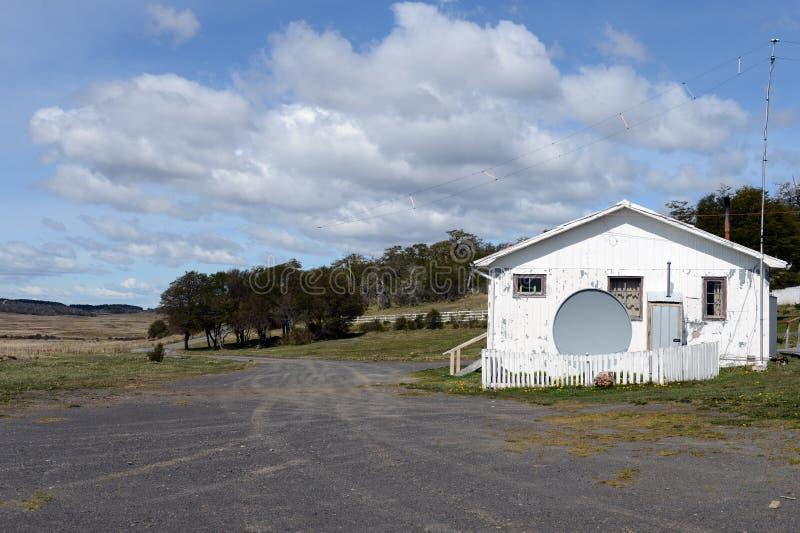Estação de pesquisa no parque nacional & no x22; Karukinka& x22; em Tierra del Fuego imagem de stock royalty free