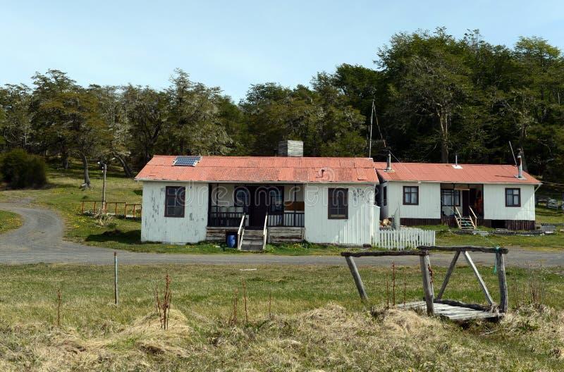 Estação de pesquisa no parque nacional & no x22; Karukinka& x22; em Tierra del Fuego imagens de stock royalty free