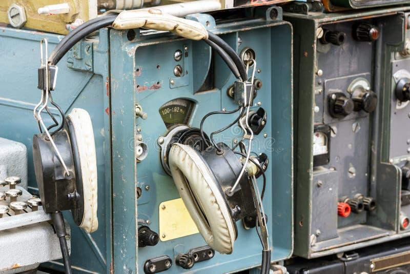 Estação de rádio militar velha imagem de stock royalty free