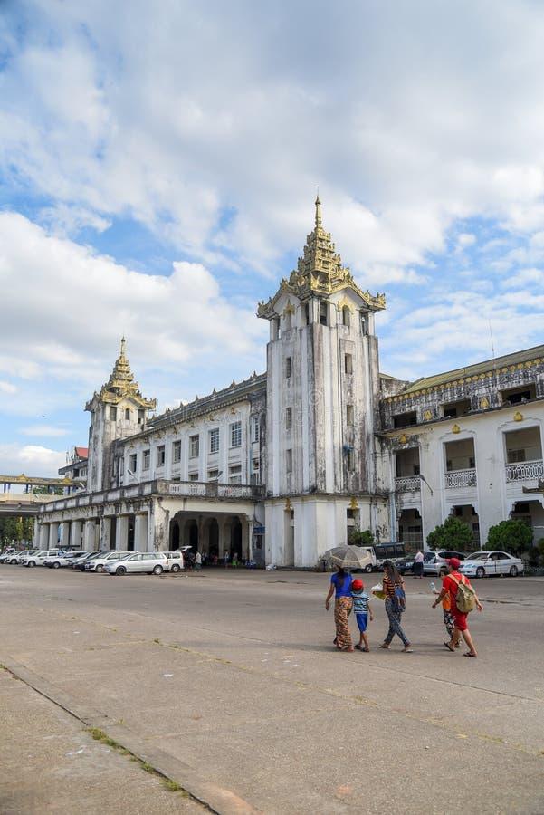 Estação de trem central de Yangon, Myanmar imagens de stock royalty free