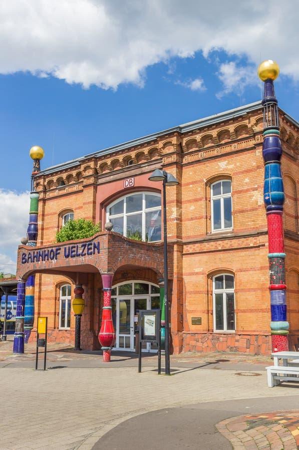 Estação de trem colorida de Uelzen imagem de stock royalty free