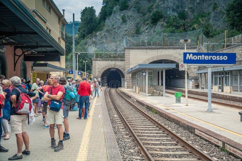 Estação de trem de Monterosso, Cinque Terre, Itália fotografia de stock royalty free