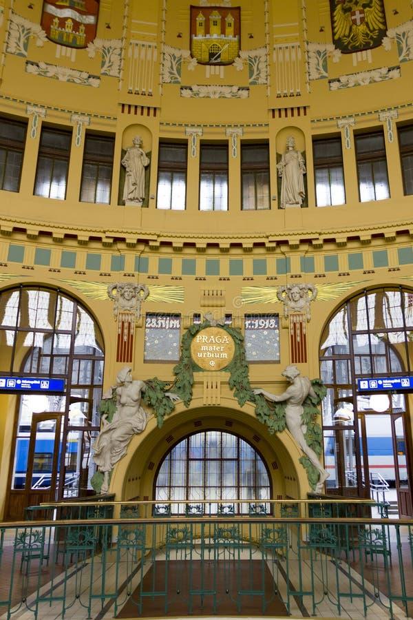 Estação de trem do cano principal de Praga foto de stock royalty free