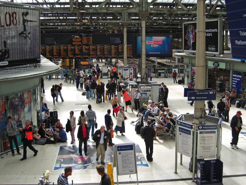 Estação de Waverly em Edimburgo, Escócia, Reino Unido foto de stock royalty free