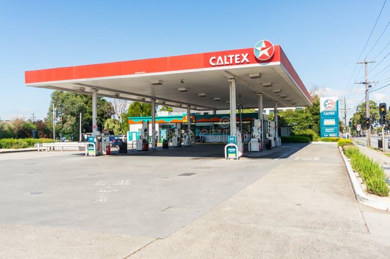 Estação do serviço de Caltex em Melbourne suburbano, Austrália foto de stock royalty free