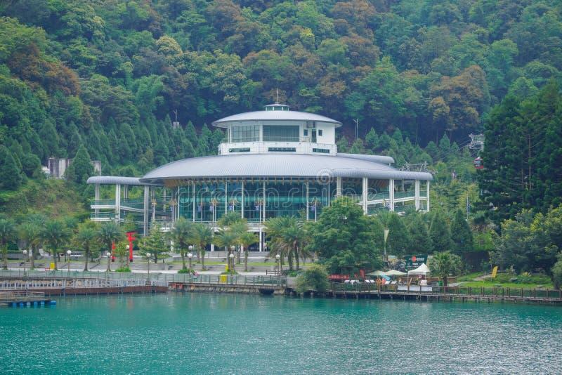 A estação do teleférico no lago moon de Sun fotos de stock