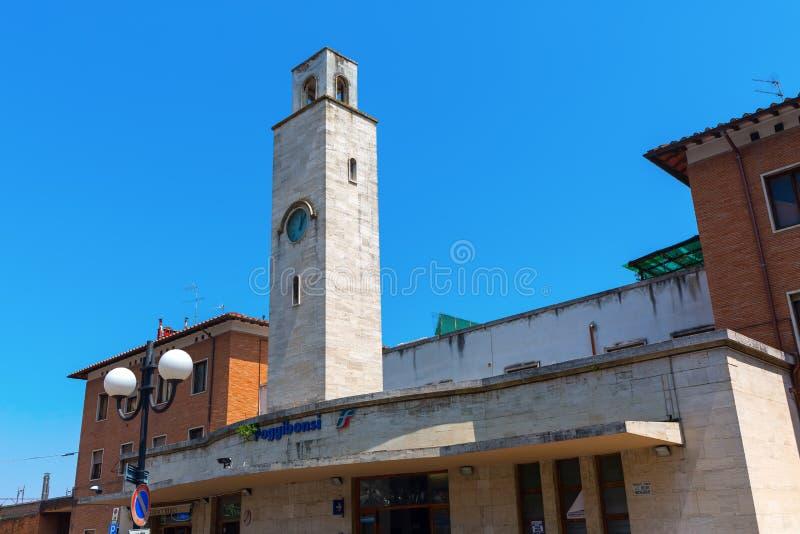 Estação em Poggibonsi, Toscânia, Itália imagens de stock