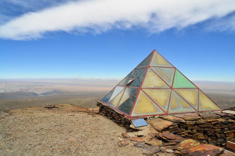 Estação meteorológica em Chacaltaya perto de La Paz, Bolívia imagem de stock royalty free