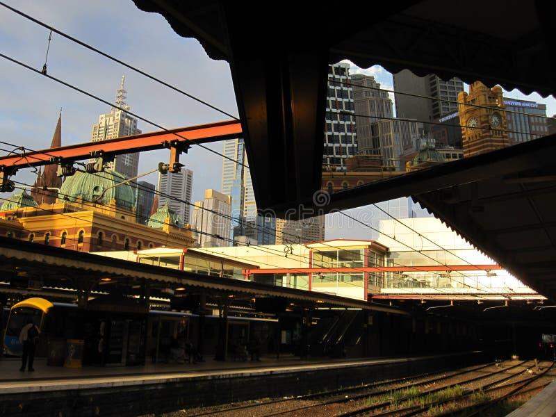 Estação ocupada da rua do Flinders imagem de stock royalty free