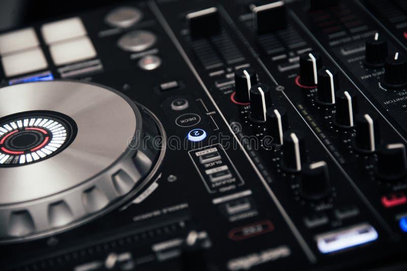 Estação sadia do misturador do DJ fotos de stock royalty free