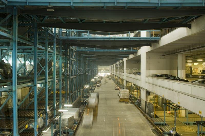 Download Estação terminal foto de stock. Imagem de armazenamento - 12811594