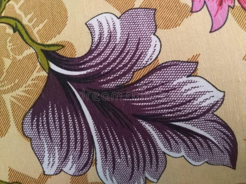 Esta é as imagens das flores imagem de stock