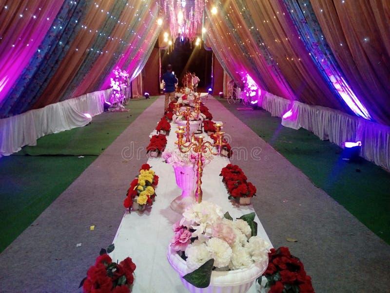 Esta é a imagem da decoração do casamento que nos muitos luz da cor usada imagens de stock royalty free