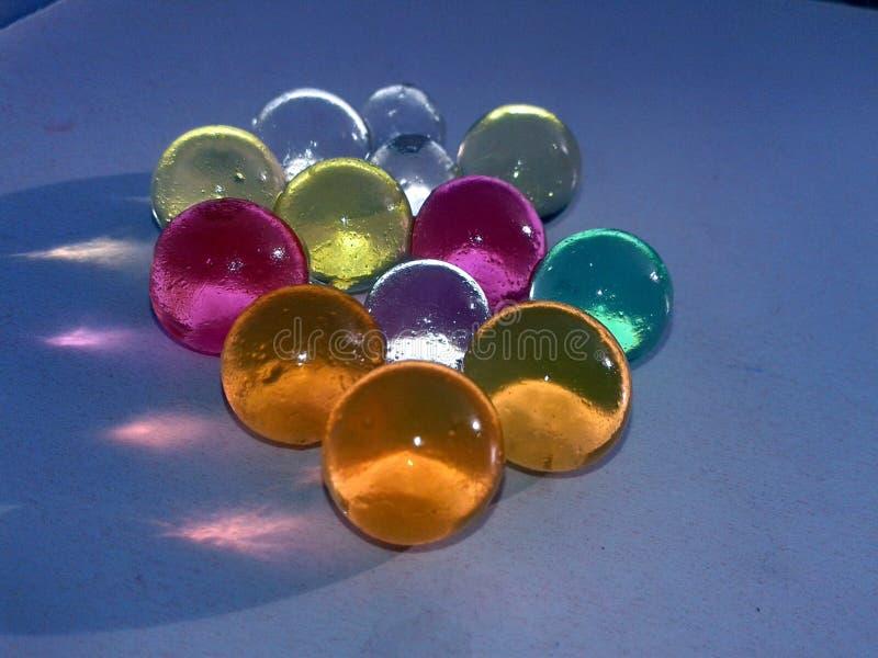 ESTA ? A IMAGEM de marbels de vidro coloridos foto de stock royalty free