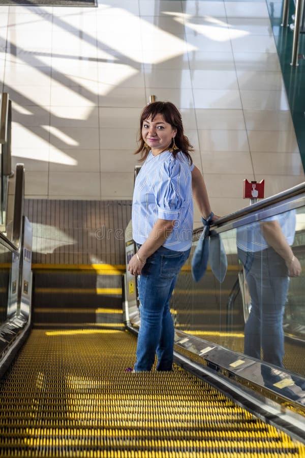Esta??o de metro de Dubai imagem de stock royalty free