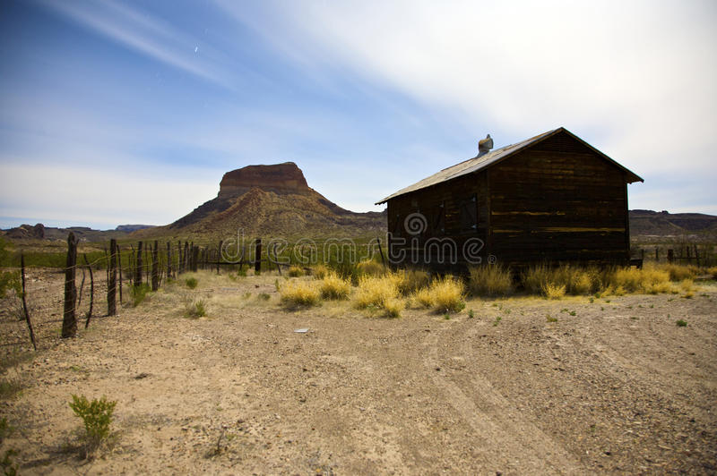 Estabelecimento abandonado do deserto fotografia de stock royalty free