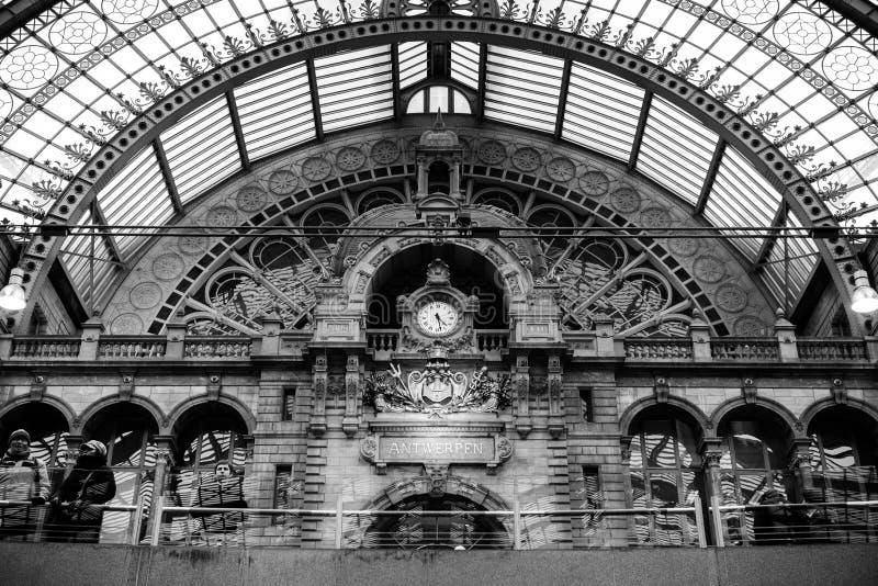 Estación central AMBERES de Amberes 3 de febrero 2015 fotos de archivo libres de regalías