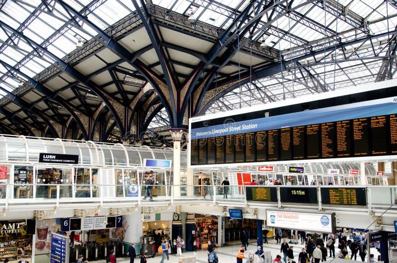 Estación de la calle de Londres Liverpool el 17 de abril imágenes de archivo libres de regalías