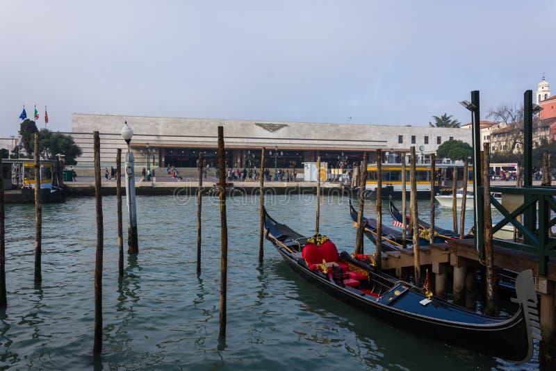 Estación de la central de Venezia Santa Lucia fotos de archivo